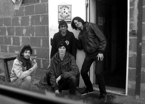 Louis, Gatien et Nicolas, en compagnie de Triboulet au Studio de la Trappe
