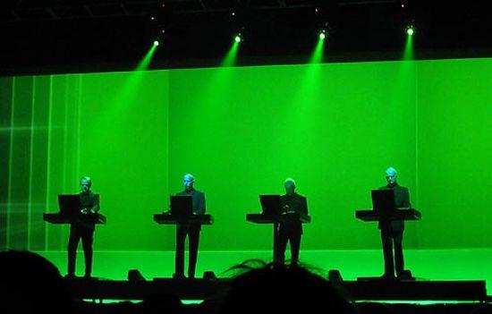 Kraftwerk Expo 2000 Live