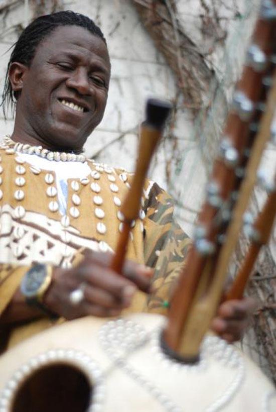 Lamine Cissoko Kora + 1 Band