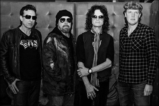 Black Country Communion BCCIV Band2