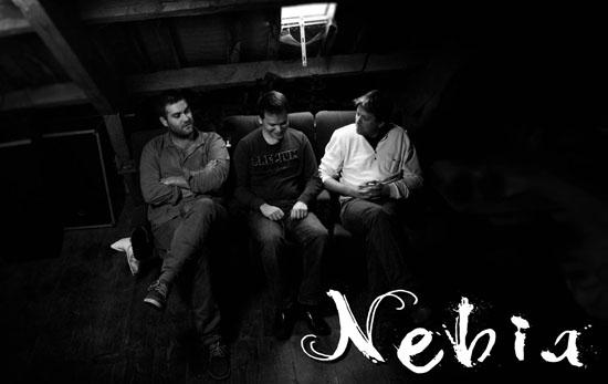 Nebia Monolithe Band