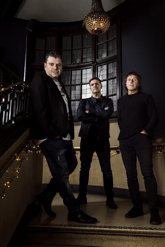 Kino Radio Voltaire band1
