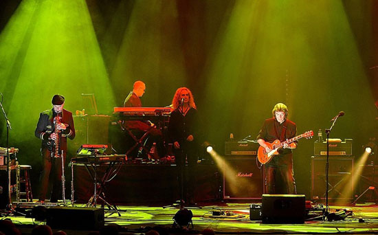 Steve Hackett Wuthering Nights Band2