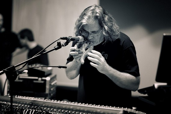 Steve Roach Dreamtime Return band1