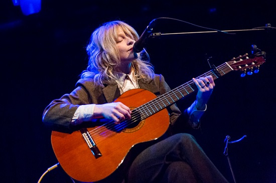 Jessica Pratt Quiet Signs Band 2