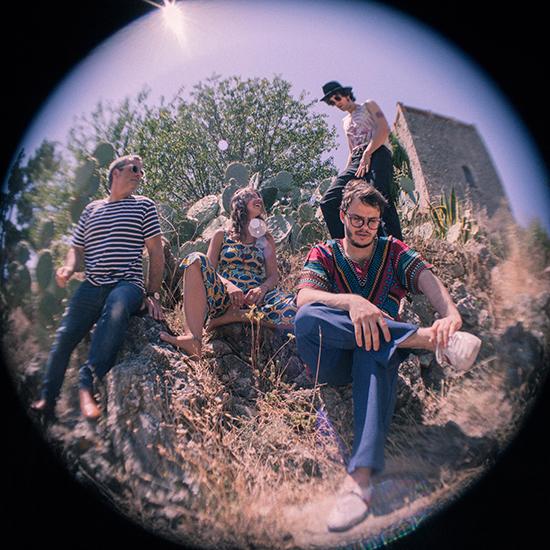 LuneApache-Onironautes-band 1