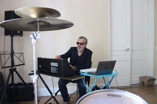 Patrick Wiklacz N band2
