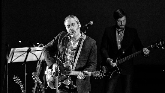 Tindersticks Distractions Band 2