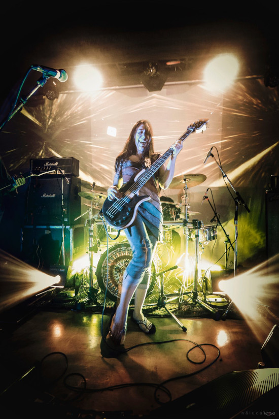 Ozric Tentacles Space For The Earth band2